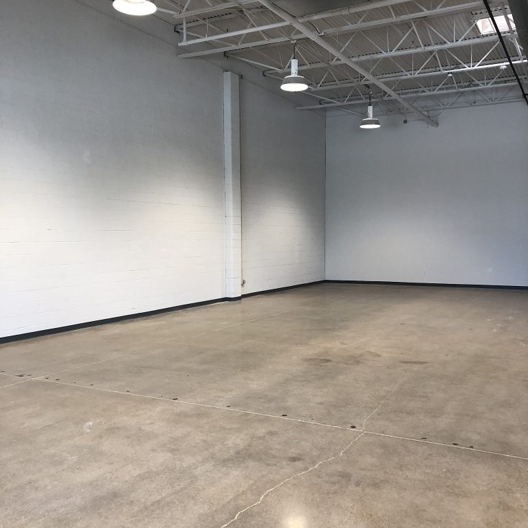 Large space with 22 foot ceilings